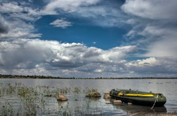 Kinnikinick Lake in Northern Arizona