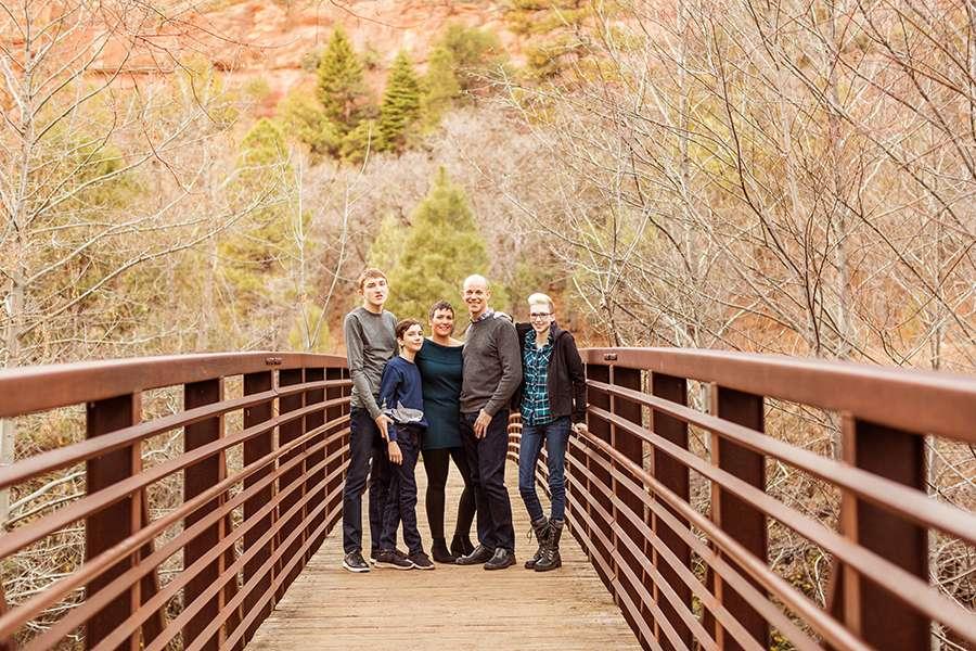 Saaty Photography - Aronow Family - Sedona Arizona Portrait Photographer -1