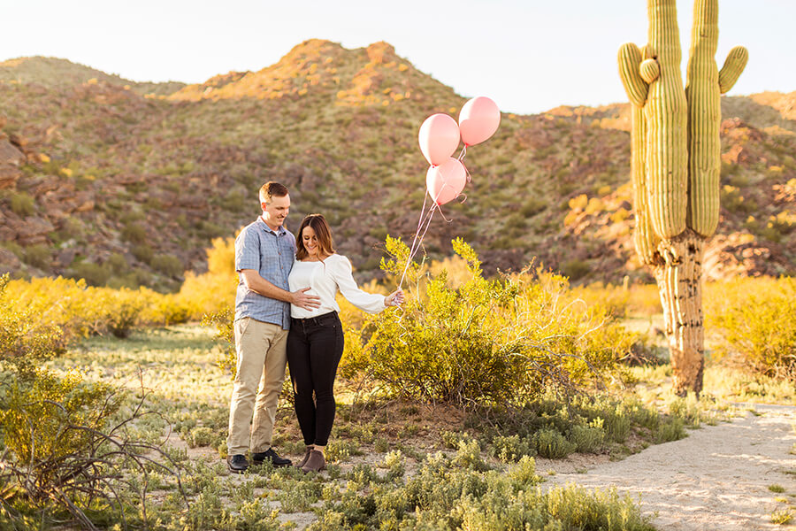 Caitlin and Sam: Maternity and Family Photographer Northern Arizona