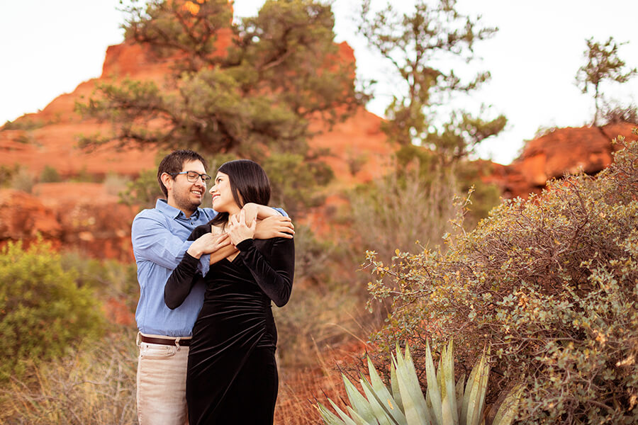 What to Wear to an Engagement Shoot: Saaty Photography