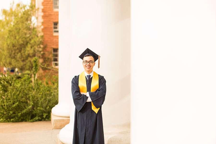 Brenden: Photographers Northern Arizona - COVID-19 and Graduation: Portraits to Commemorate Your Accomplishments