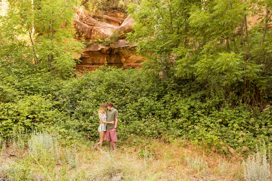 Oak Creek Sedona Portrait Photographer - Gabby and Spencer 1