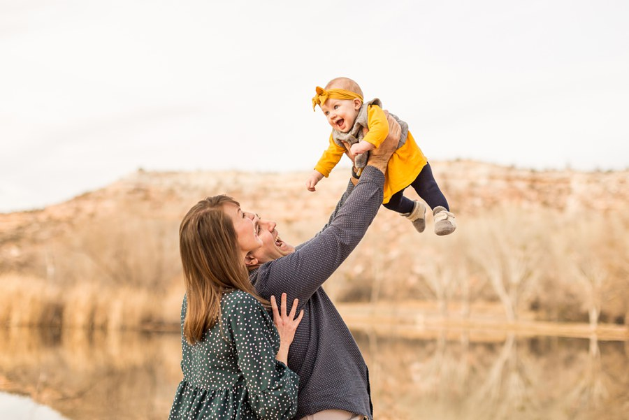 Puffer Family: Cottonwood AZ Family Photographer Baby Flying
