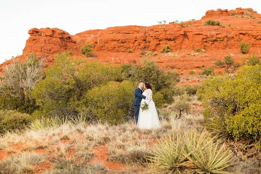 Sedona Arizona Elopement Photographers: Claire and Terrence red rocks