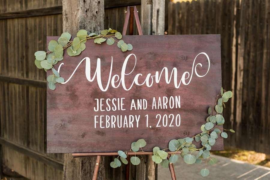 Jessie and Aaron: Stardance Tucson Wedding welcome