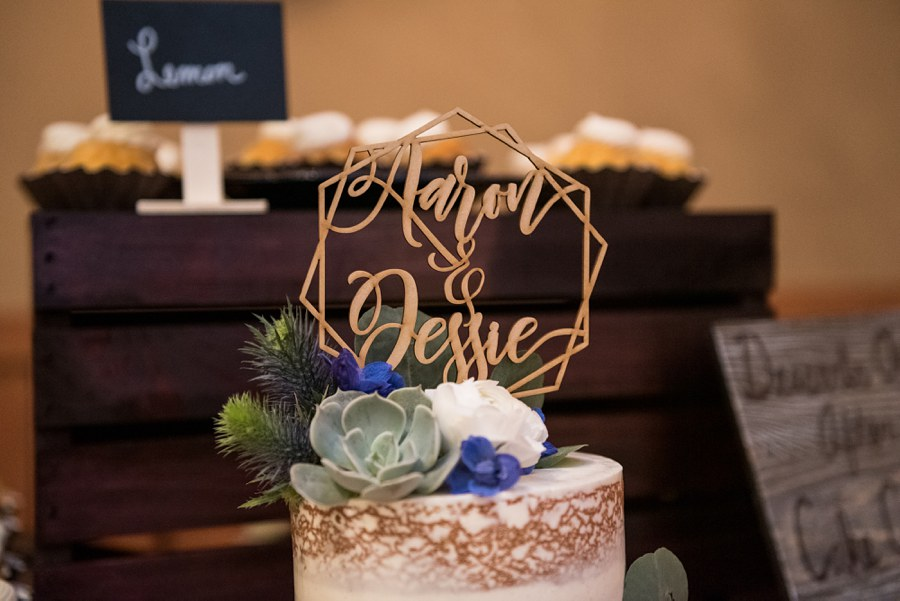 Jessie and Aaron: Arizona Desert Elopement Photography cakes