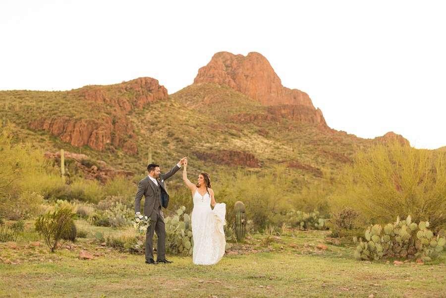 Jessie and Aaron: Arizona Desert Elopement Photography formals