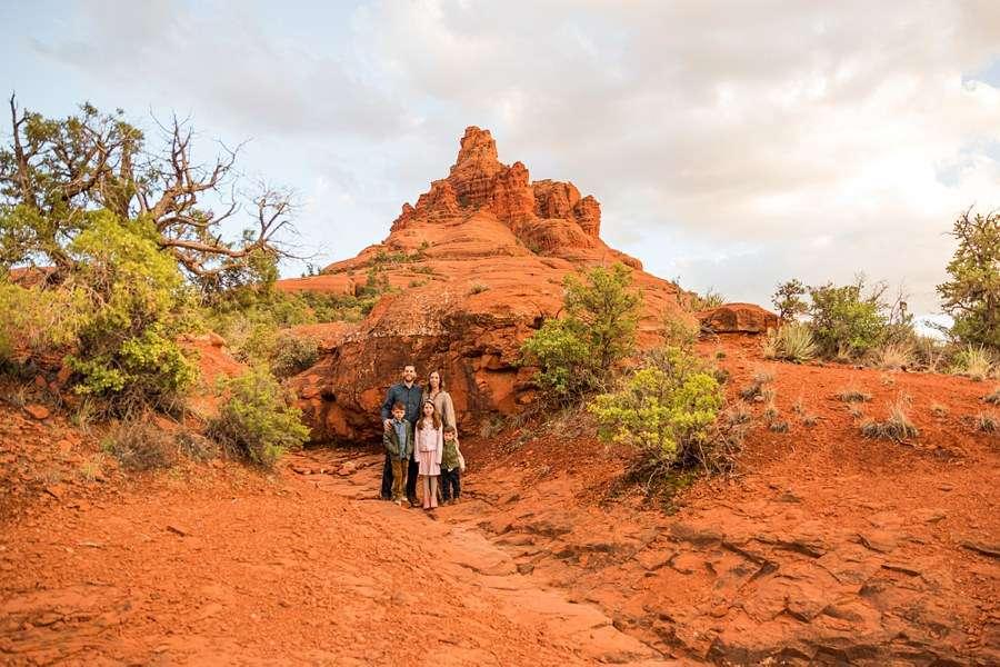 Hartman Family: Sedona Bell Rock Portrait Session landscape