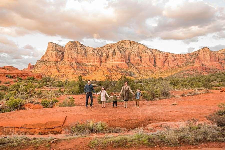 Hartman Family: Sedona Arizona Family Photography walking
