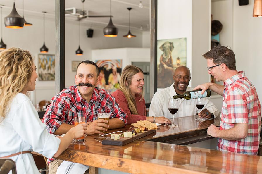 Best Season to Visit Sedona Arizona: Saaty Photography Sedona Dining