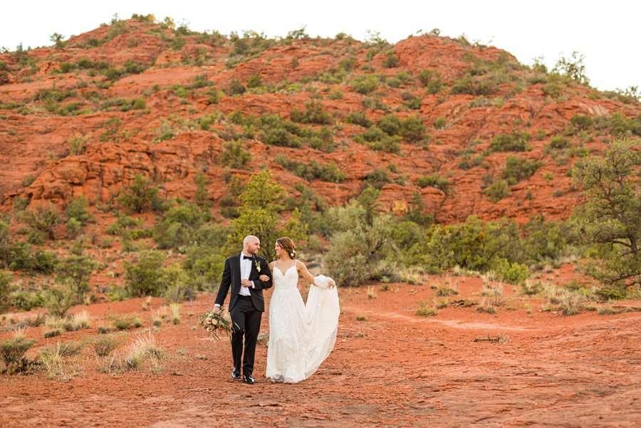Holly and Erick - Sedona Arizona Elopement Photography - Colorful