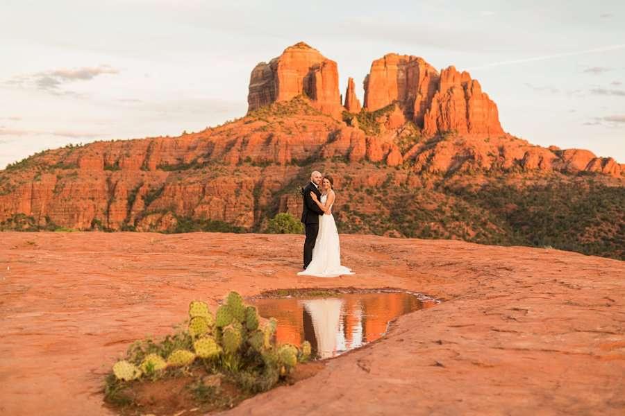 Holly and Erick - Sedona Arizona Elopement Photography - Sunset Overview