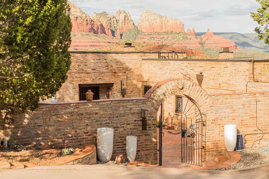 Holly and Erick - Sedona Arizona Elopement Photography - Sedona Home