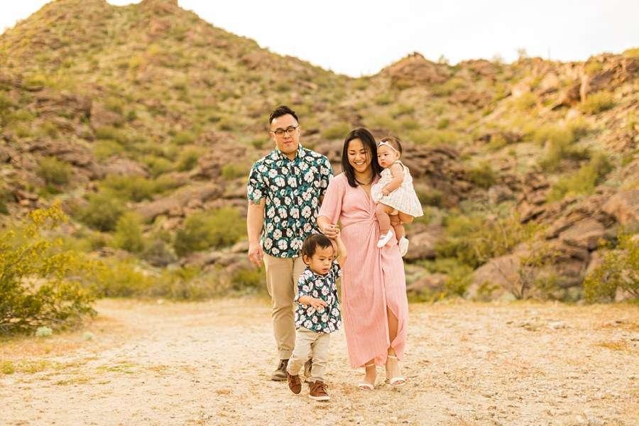 The Martin Family: Tempe Arizona Family Photographers walking