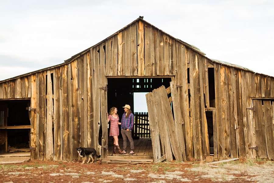 Taylar and Jacob: Flagstaff AZ Portrait Photographer barn