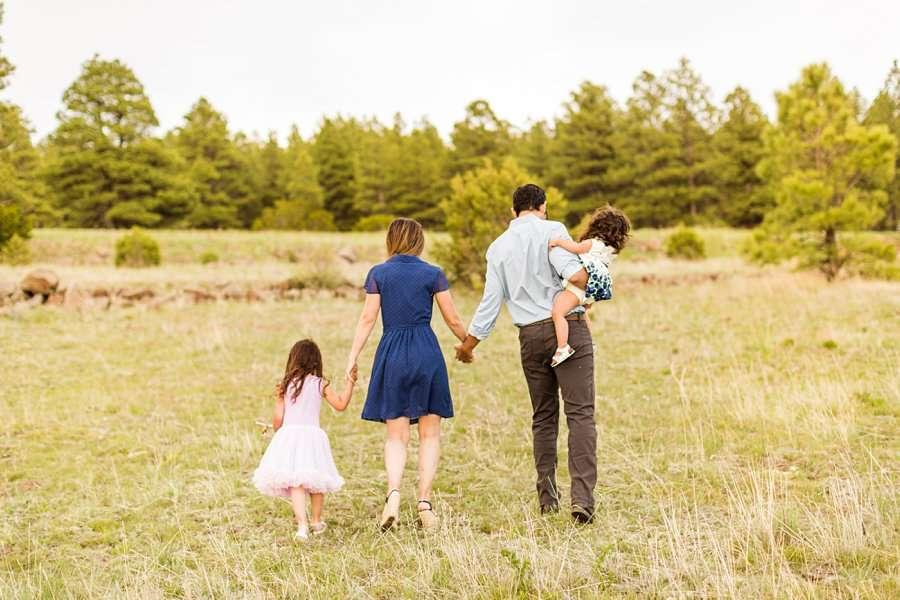 Kasem Family: Sedona AZ Family Photography walking