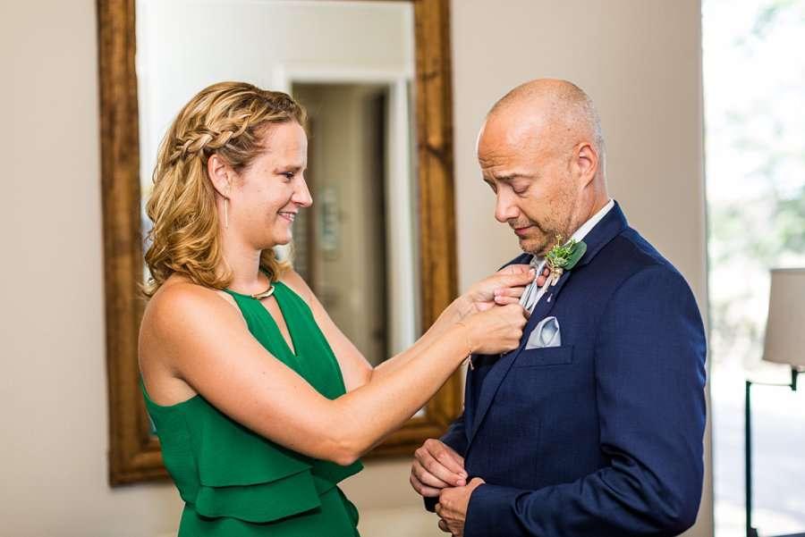 Liz and Jeremy: Phoenix Wedding Photography sister helping the groom