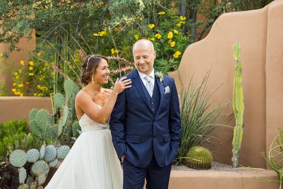 Liz and Jeremy: Phoenix Wedding Photography first look inspiration