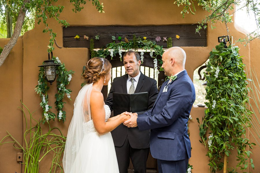 Liz and Jeremy: Phoenix Wedding Photography bride and groom