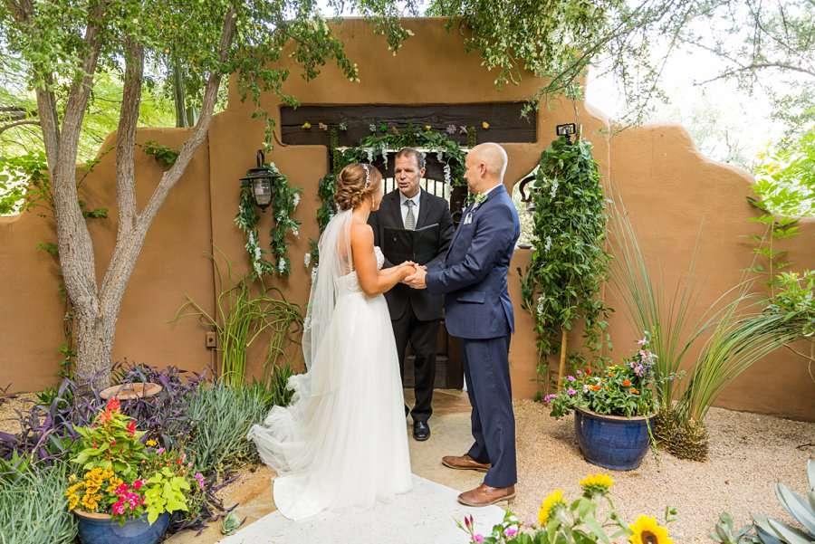 Liz and Jeremy: Phoenix Wedding Photography the wedding day