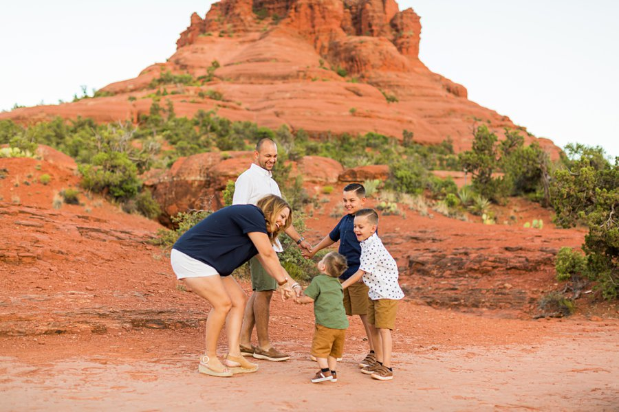 Moreno Family: Arizona Portrait Photography family friendly hiking