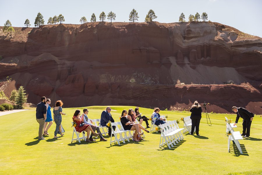 Trish and Mike: Downtown Northern Arizona Elopement guests arriving