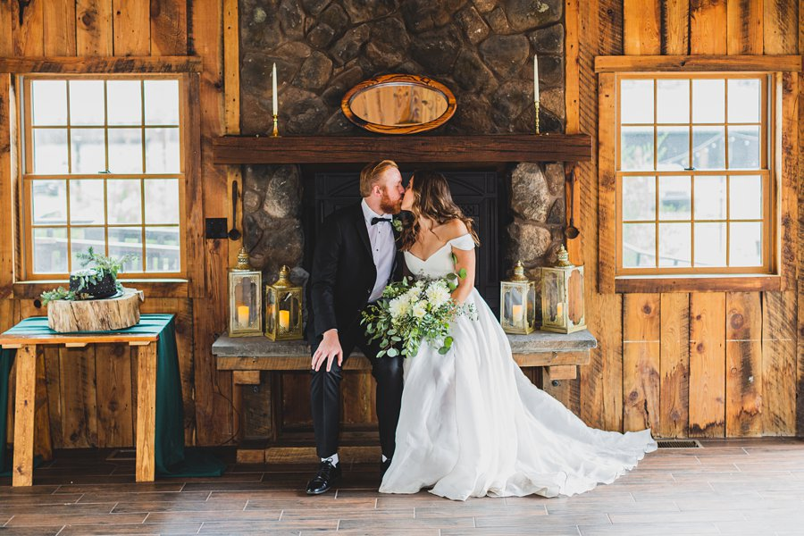 Flagstaff Arizona Venues: Styled Shoot by the fireplace