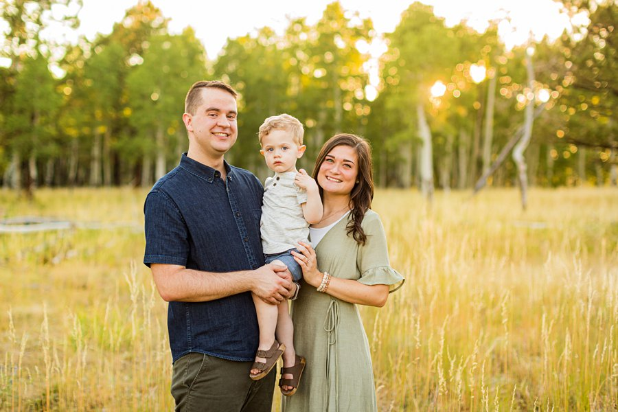 Anderson Family: Northern AZ Portrait Photography Aspens little family together
