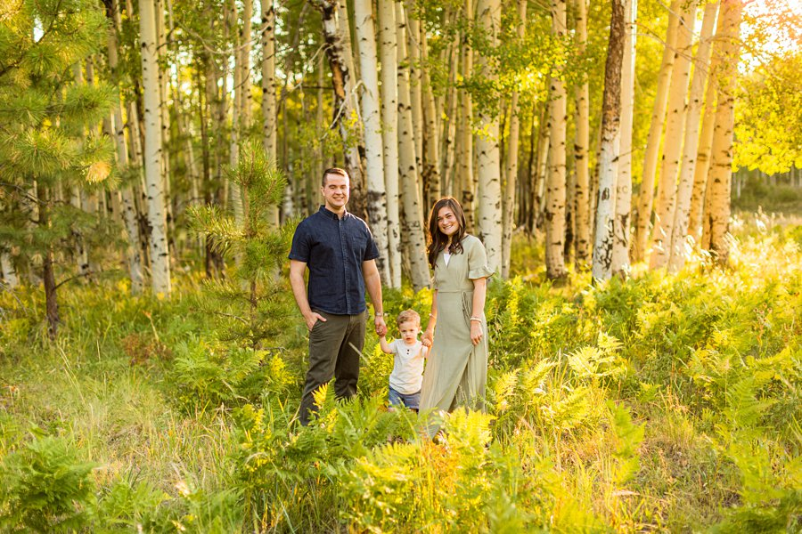 Anderson Family: Flagstaff Arizona Family Pictures walking in the forest