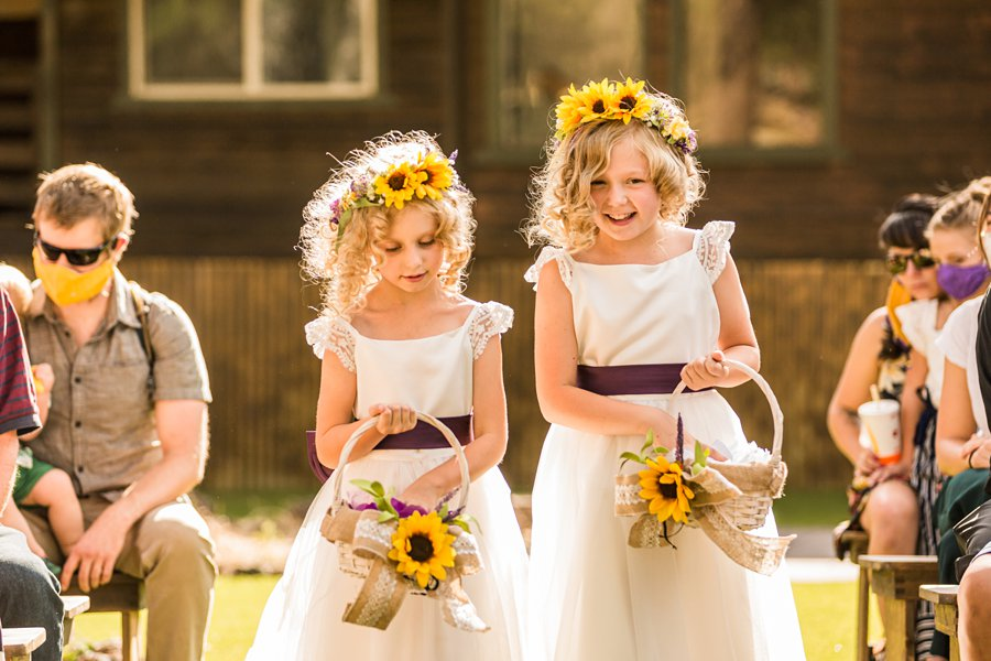 Hannah and Stephen: Northern Arizona Intimate Ceremonies flower girls
