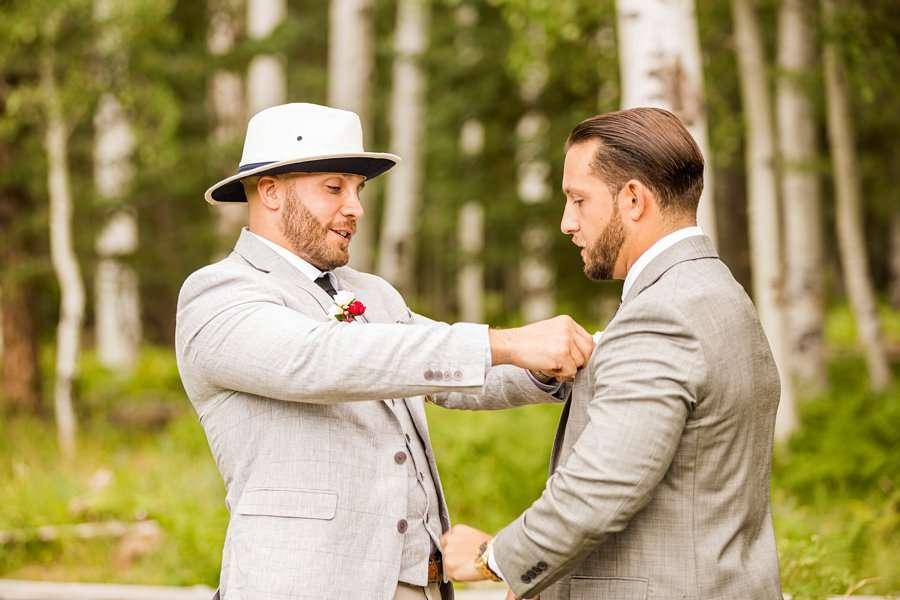 Jeanne-Marie and Rami: Arizona Mountains Wedding groom getting ready with groomsmen
