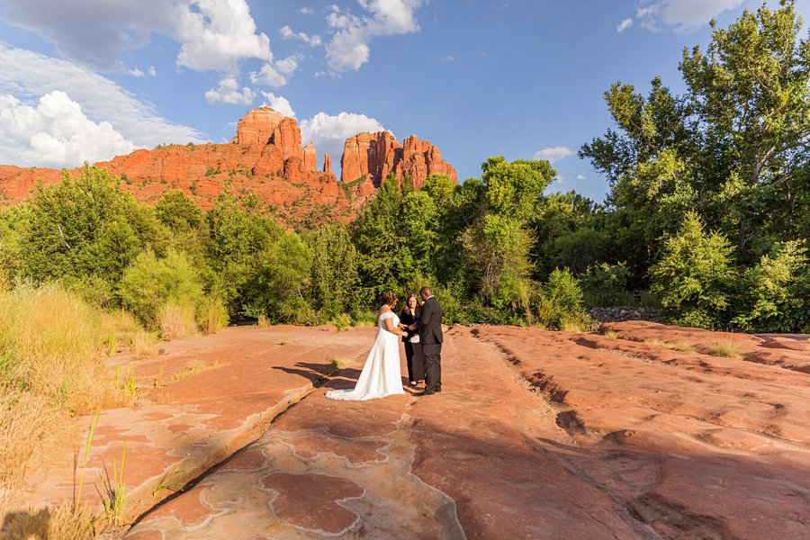 Magda and Charles: Weddings in Sedona famous locations