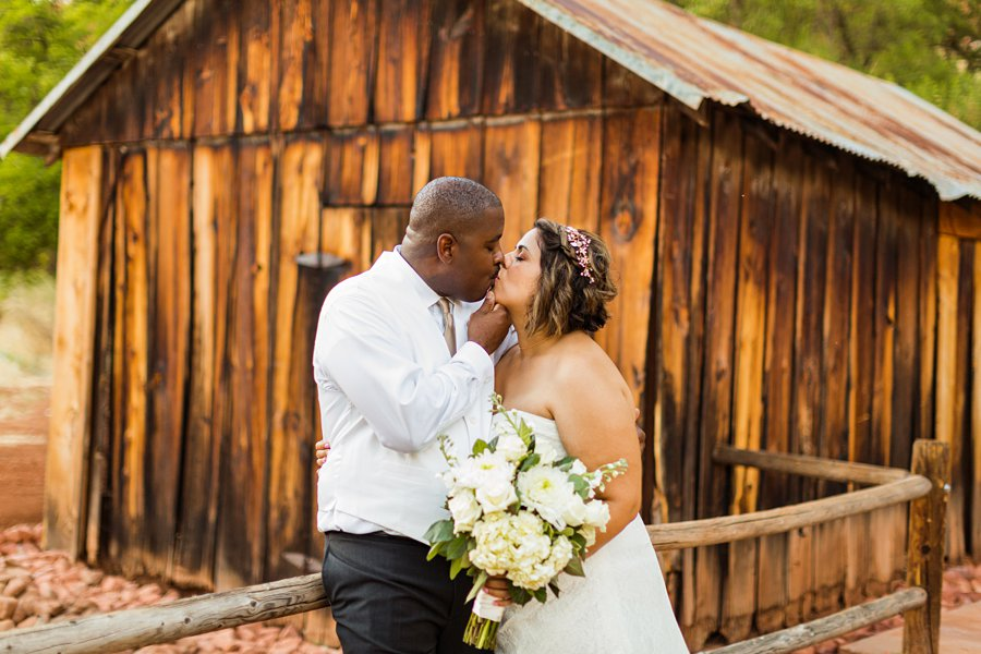 Magda and Charles: Weddings in Sedona best state parks