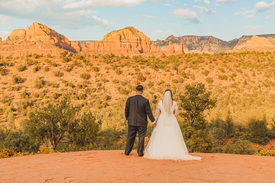 Chelsea and Bryan: Elopement Photographers Northern AZ sunset