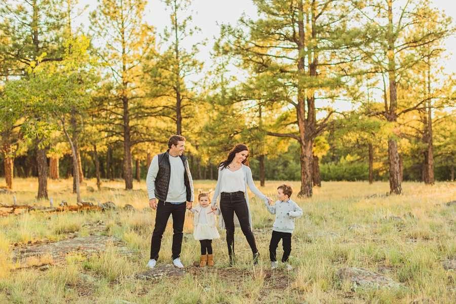 Jacobsen Family: Flagstaff Mini Session Photographers buffalo park