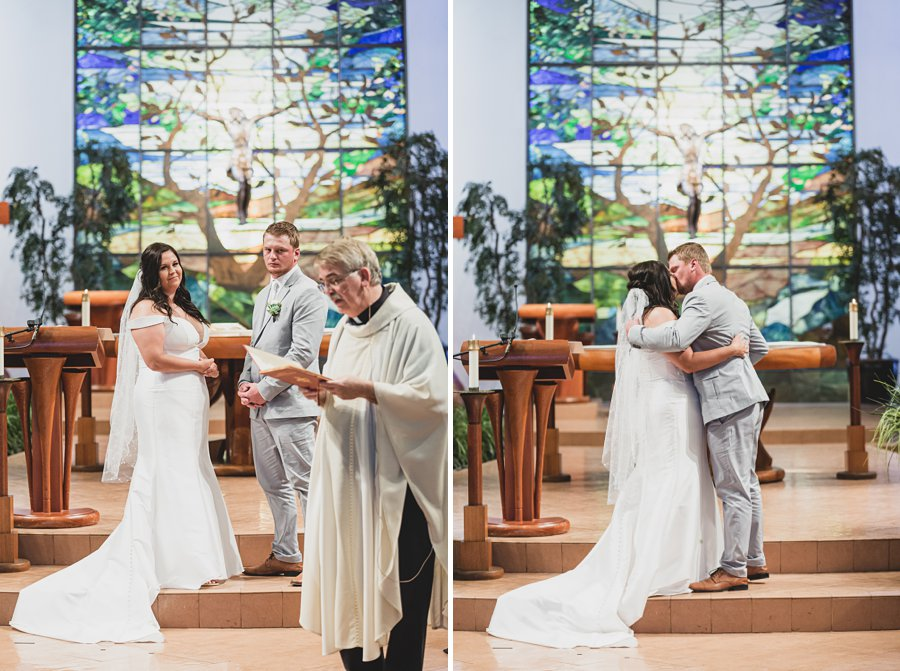 Leah and Trenten: Scottsdale Elopement Photographers the first kiss