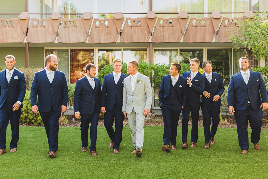 Leah and Trenten: Scottsdale Elopement Photographers best poses for the bridal party