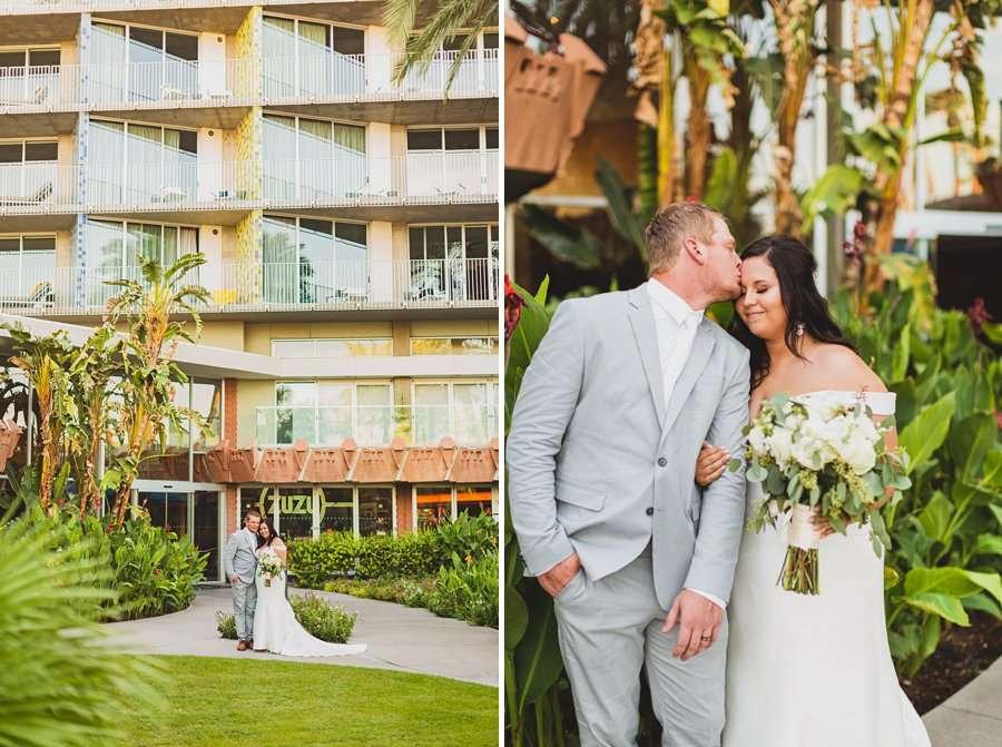 Leah and Trenten: Scottsdale Elopement Photographers kissing