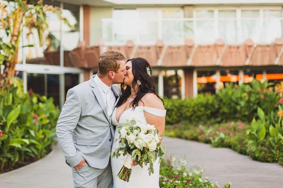 Leah and Trenten: Scottsdale Elopement Photographers snuggles