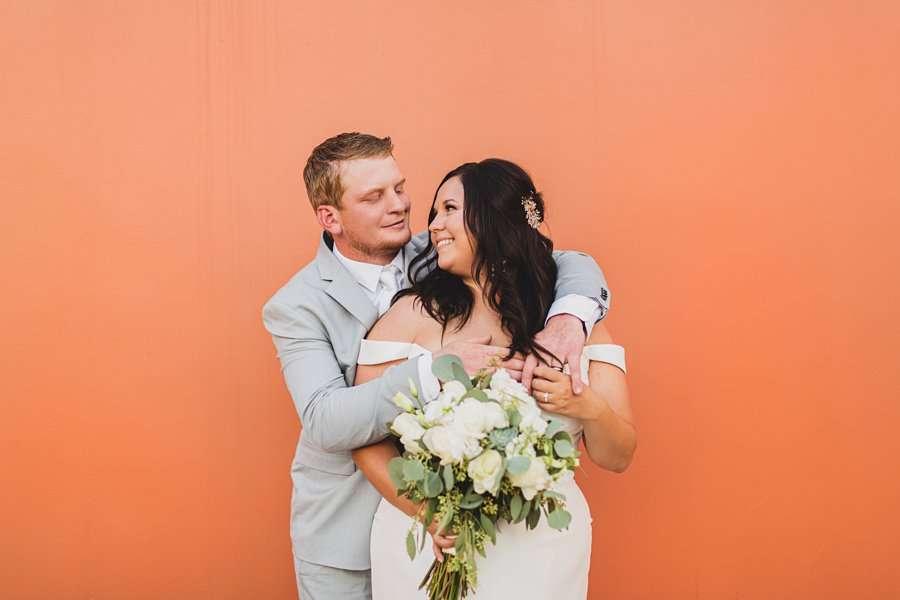 Leah and Trenten: Scottsdale Elopement Photographers the colorful portraits