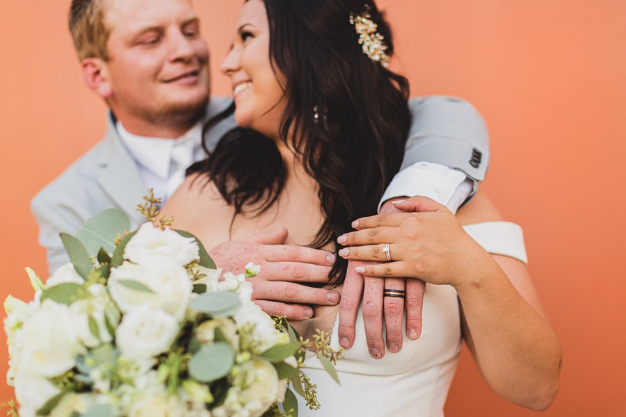 Leah and Trenten: Scottsdale Elopement Photographers the ring details