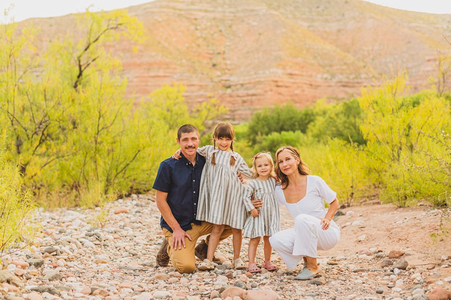 Payne Family: Verde Valley Family Photographer intimate family poses