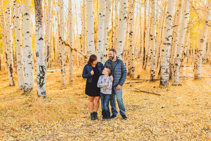 Hauser Family: Flagstaff Aspen Portrait Photographers looking at eachother