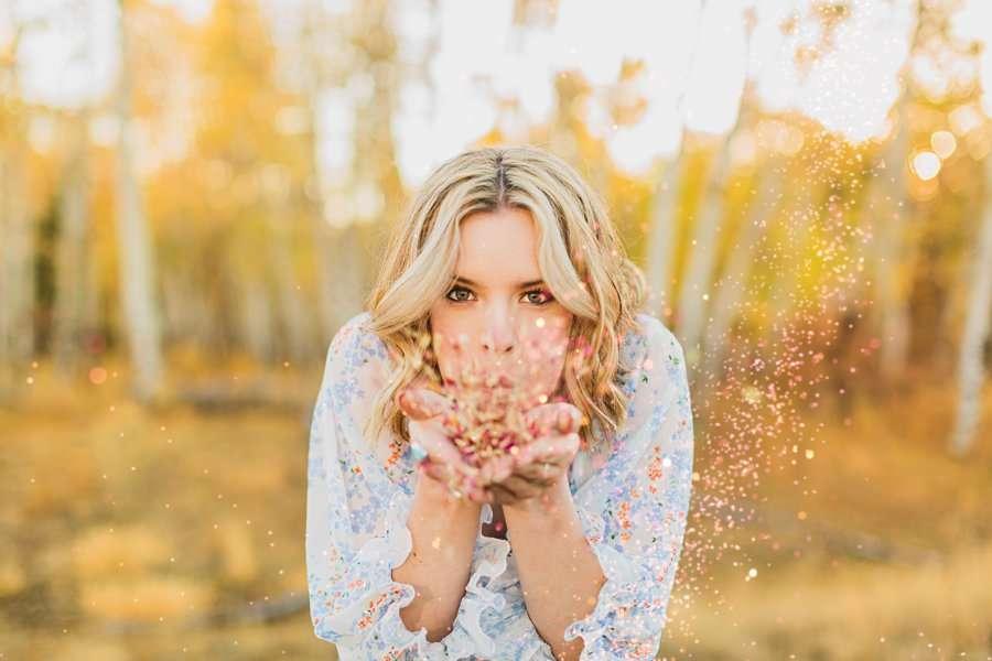 Kaia: Senior Photography Northern Arizona blowing glitter