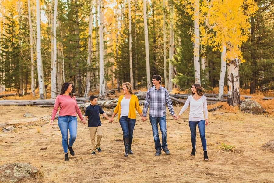 Barrett Family: Aspens Flagstaff Portrait Photographers colorful family portraits