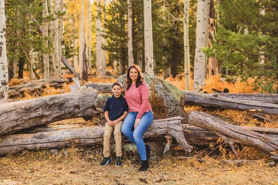 Barrett Family: Aspens Flagstaff Portrait Photographers mom and son