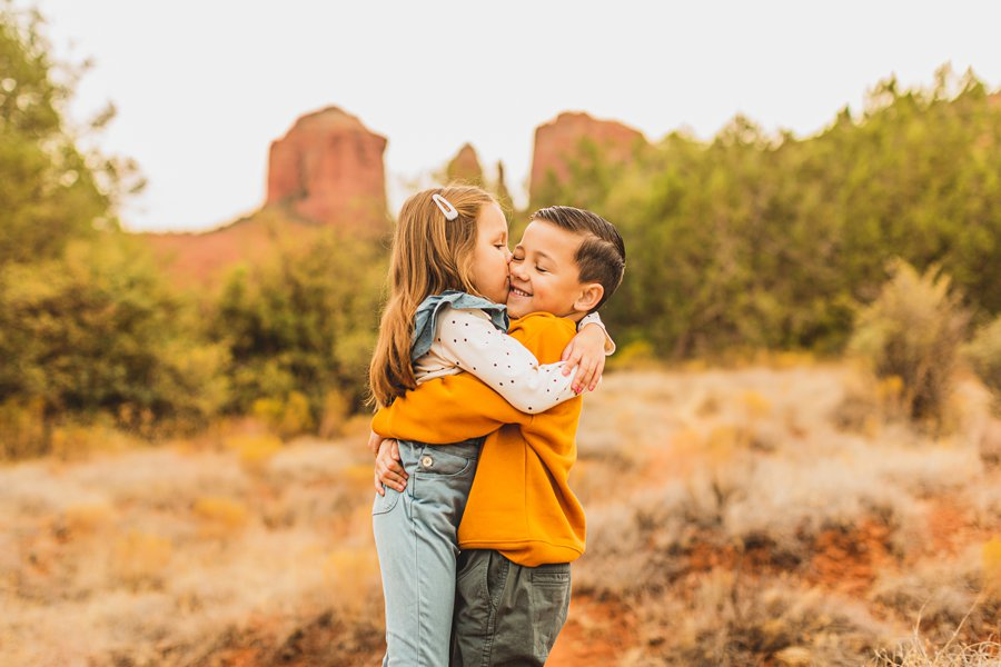 Serrano Family: Sedona Arizona Photography hugs