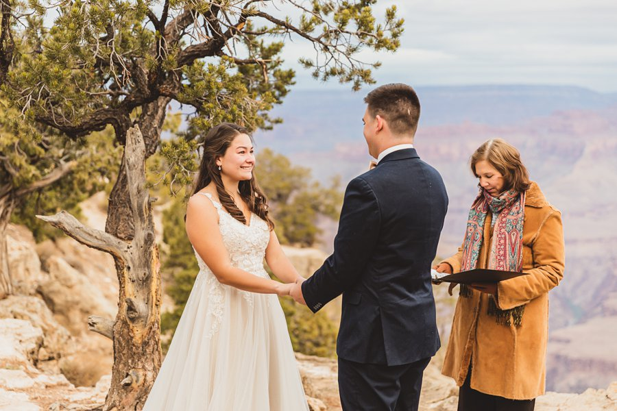 Ashlynn and Jacob: Elopement Photographers Grand Canyon exchanging vows