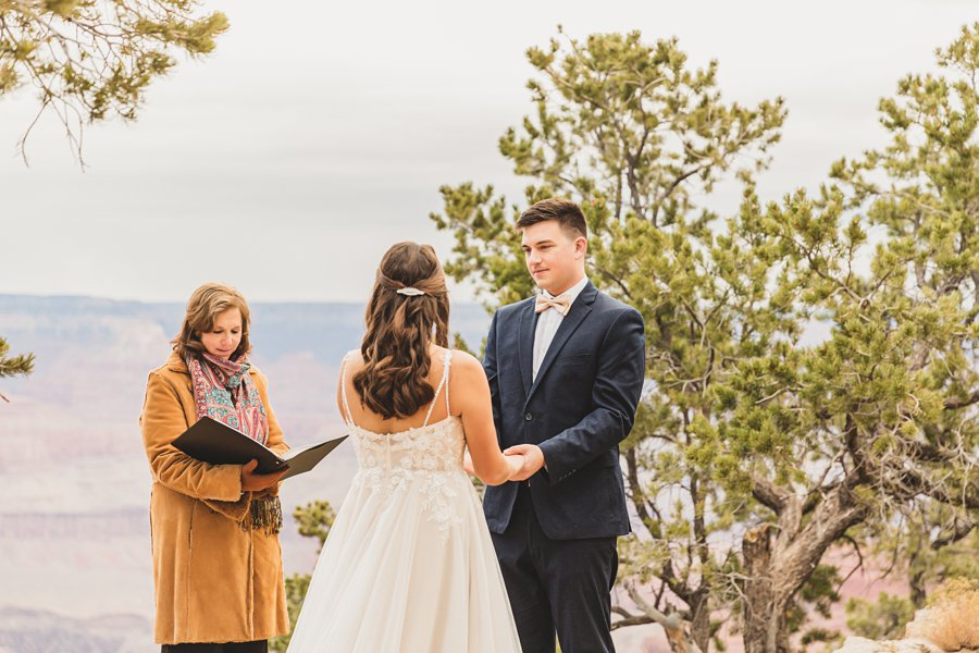 Ashlynn and Jacob: Elopement Photographers Grand Canyon
