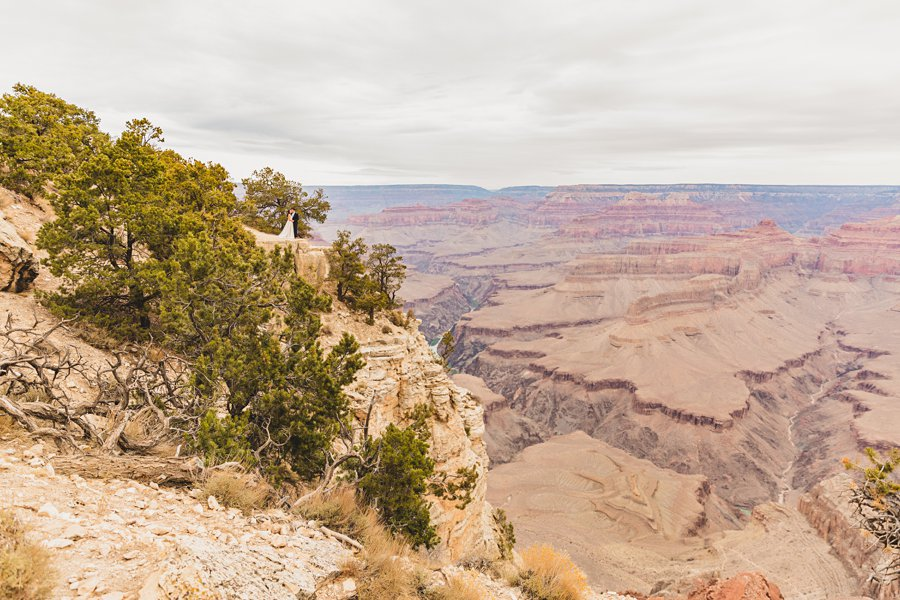 Ashlynn and Jacob: Elopement Photographers Grand Canyon landscape sunrise